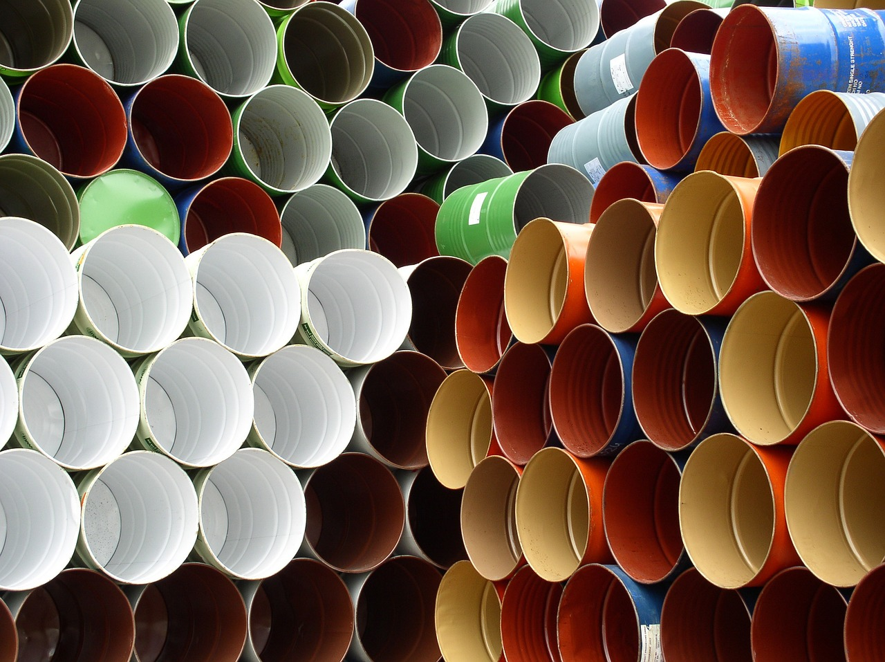 barrels-708624_1280
